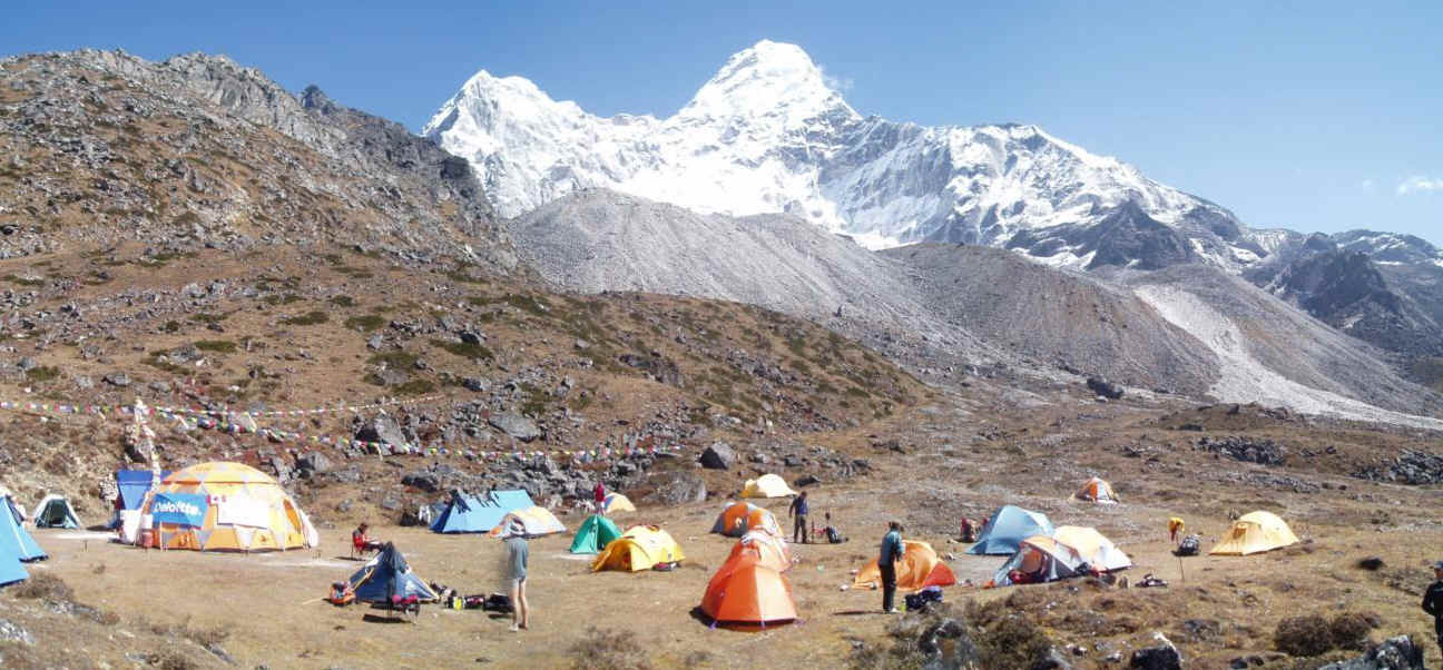 Mt  Ama Dablam base camp Peak FreaksAma Dablam Base Camp